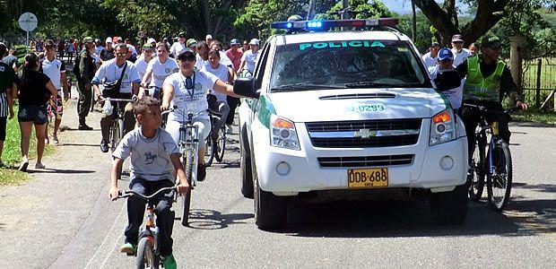 """La Policía Nacional celebró el Primer Ciclo Paseo en contra la extorsión con el lema """"Cartago no paga, Cartago denuncia"""""""