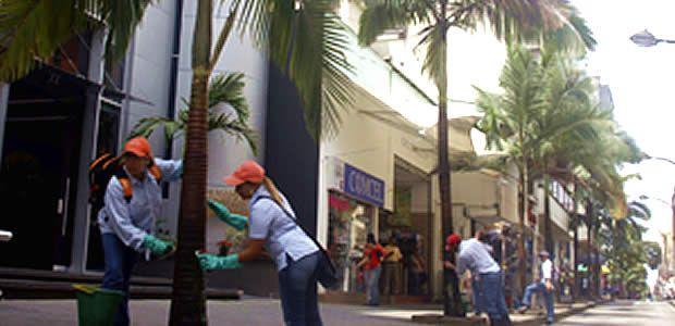 Trabajadores oficiales del municipio de Pereira se comprometen con el embellecimiento de la ciudad