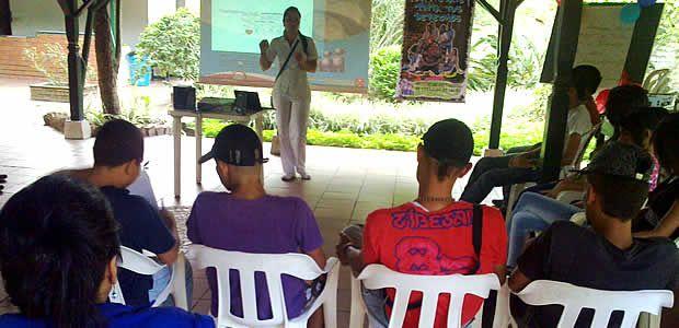 Servicios de salud amigables para adolescentes y jóvenes de la IPS del municipio de Cartago, capacitó sobre métodos de planificación