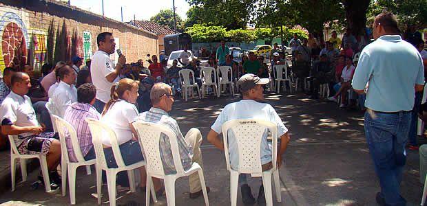 Alcalde de Cartago descentralizó su administración con Consejo comunal en La Estación, sector intervenido por orden presidencial