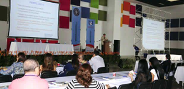 Pereira recibe el III Congreso Nacional de Neonatología y el VI Congreso de Enfermería y Terapia respiratoria neonatal
