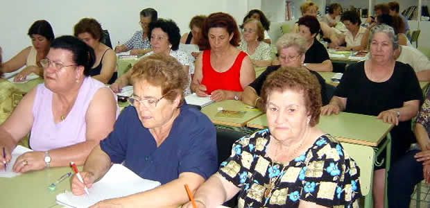 Cartago intensifica programa de alfabetización por gestión de la Administración municipal ante el Ministerio de Educación