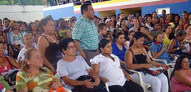 """Cartago cuenta con más de 6 mil beneficiarias en el programa """"más familias en acción"""""""