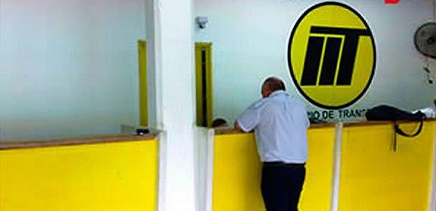 El Instituto de tránsito de Cartago atiende trámite de licencias los sábados