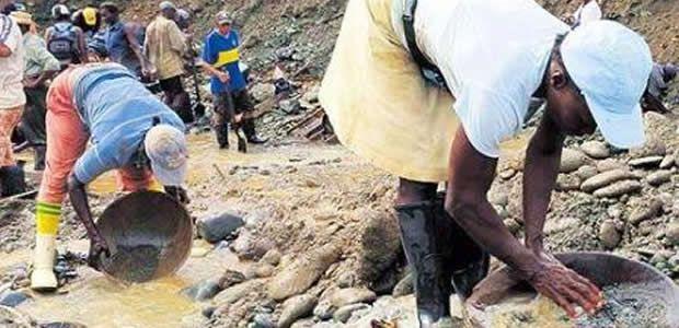 Se solicitará recursos para el relleno de 100 cúbicos causados por la minería ilegal en el Valle