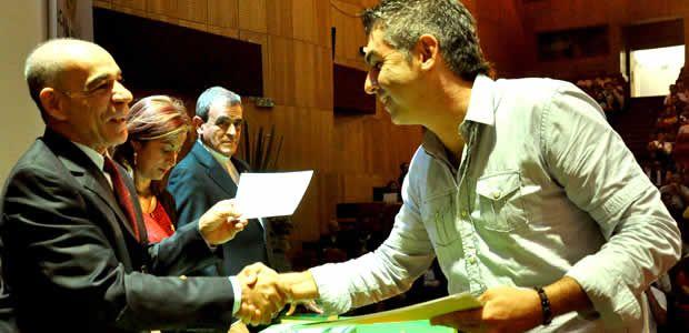 Alcalde de Pereira oficializó la entrega de 30 becas de maestrías en pedagogía y desarrollo del talento humano