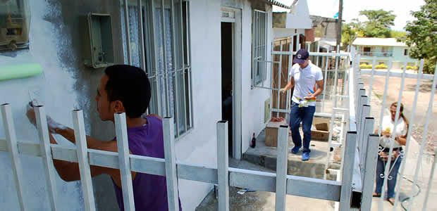 """Con el programa """"Todos ponemos"""" mejoraron entornos en el barrio Villa del Centenario"""