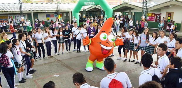 Cuyabrito promociona los Jedecac 2013 en Colegios de Armenia