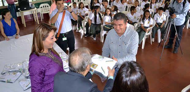 Colanta se queda en Armenia afirma Genaro Pérez Gutiérrez, Gerente de la Cooperativa lechera