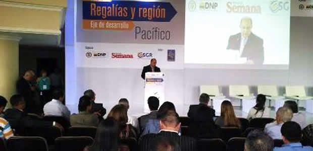 Obras de impacto fueron resaltadas en el Foro Regalías y Región organizado por Semana y Planeación Nacional