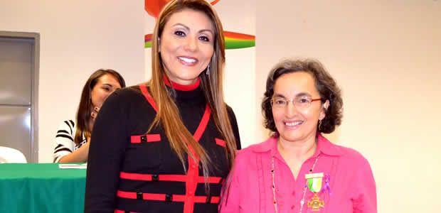 Rechazo a los crímenes contra mujeres en la región Quindiana