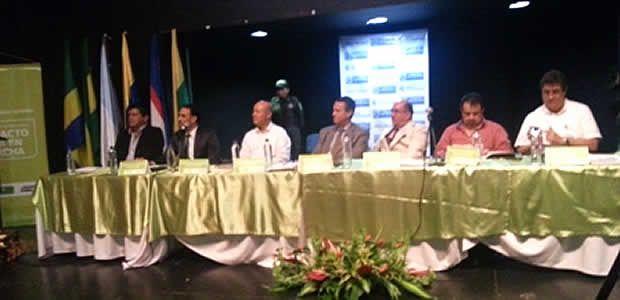 Gobernador del Valle solicitó a Minagricultura incluir vías secundarias y terciarias en Pacto Nacional Agrario