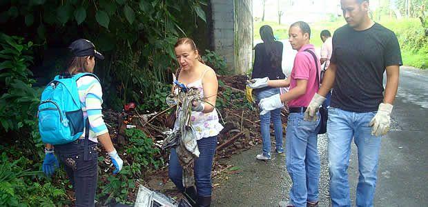 Planeación Municipal recoge más de 18 metros cúbicos de basura en quebradas y guaduales de Armenia