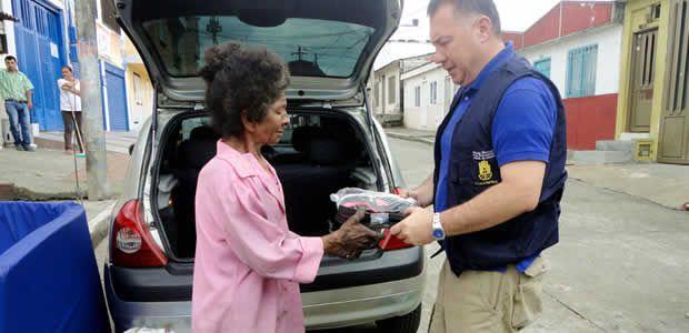 Se entregó ayuda humanitaria a adulta mayor que resultó afectada por un incendio estructural
