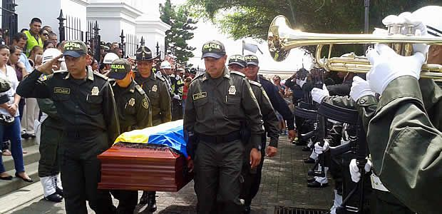 Se cumplió en Cartago funeral de patrullero de policía asesinado