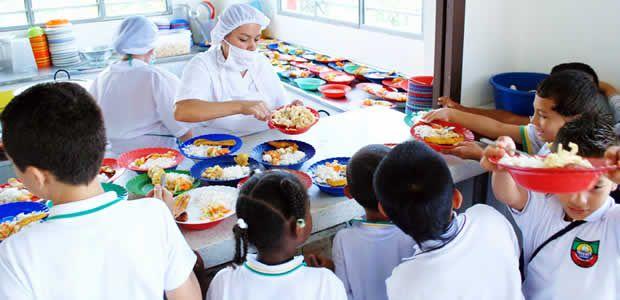 Armenia invertirá 3.700 millones en alimentación escolar durante el 2014