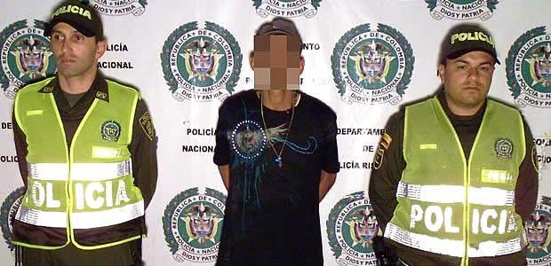 """Capturado alias """"cocodrilo"""" cuando trataba de ocultar arma de fuego ilegal"""