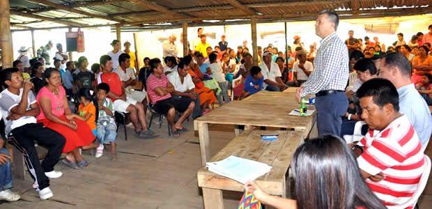 """Resguardo de Suratena """"aceptó"""" propuesta del Gobernador Botero"""