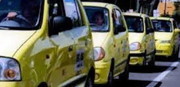 Se mantiene tarifa del servicio de bus urbano y reajustan en cien pesos carrera mínima de taxis