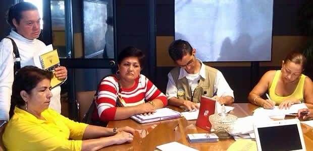 Comités de Ornato de 15 barrios se suman al programa Armenia es un Jardín