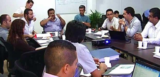 Vallecaucana de Aguas capacita a sus funcionarios propendiendo por el mejoramiento continuo