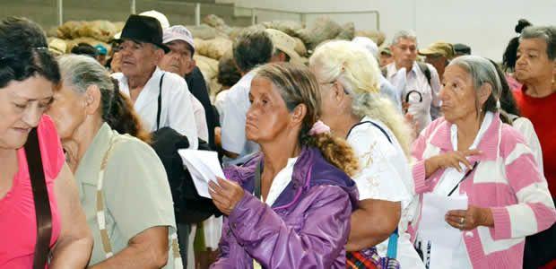 Agradecimiento al Ministro de Trabajo por cobertura del programa Colombia Mayor