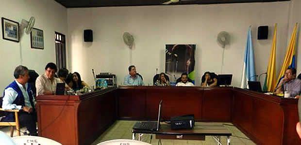 Histórica reunión de Acuavalle con concejales y comunidad de Ginebra