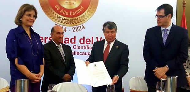 Gobernador del Valle y Ministra de Educación presidieron entrega de acreditación de alta calidad a Univallle