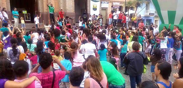 Niños de Marsella disfrutaron la celebración del día del niño