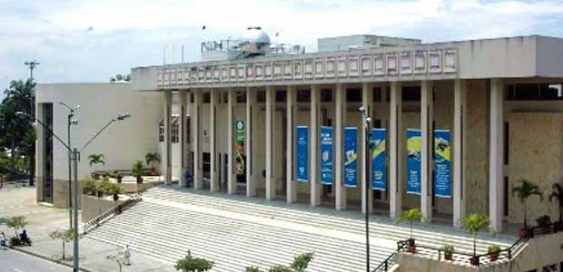 Se reanuda convenio Biblioteca Departamental – Metrocali con homenaje a las madres