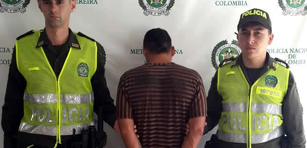 Policía Captura a un hombre con 450 dosis de bazuco