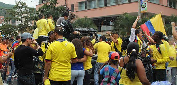 45 riñas y algunas rutas del MÍO suspendidas dejan celebraciones por victoria de Colombia