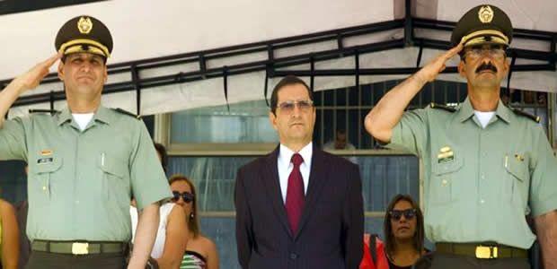 Gobernador del Valle presidió transmisión de mando del Comando Policía Valle