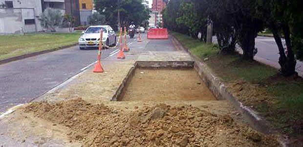Alcaldía de Pereira recupera vías en Álamos y Pinares