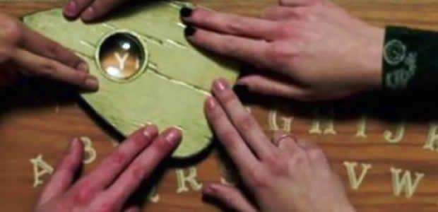 20 niñas hospitalizadas en Valle del Cauca tras jugar con tabla Ouija