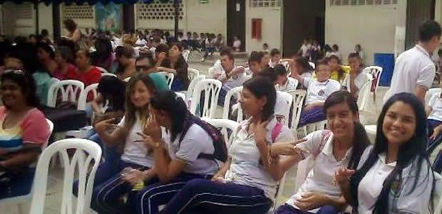 Nombran 135 docentes para prestar servicio educativo en municipios del Valle