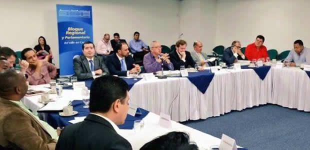 Ubeimar Delgado se reúne este miércoles en Bogotá con bancada parlamentaria