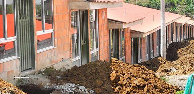 Con recursos de regalías se harán 475 nuevas viviendas en Risaralda