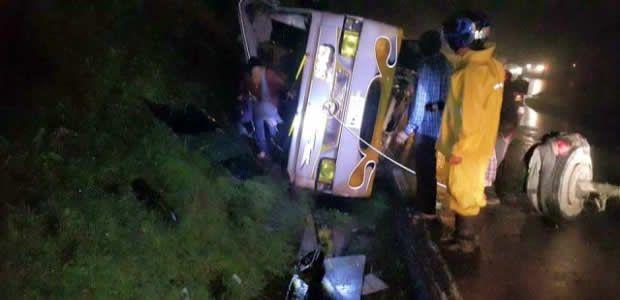 Accidente de bus que cubría la ruta Cartago - La Dorada dejó un menor de edad muerto