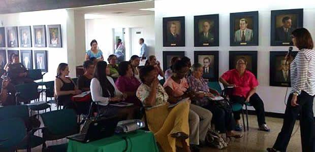 Se realizó mesa departamental para erradicar violencia contra la mujer en el Valle