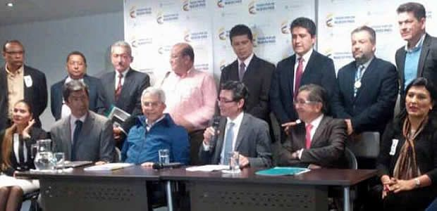 Gobierno del Valle acoge advertencia del Minsalud sobre el uso del glifosato