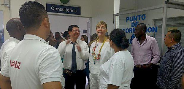 Gobernadora electa Dilian Francisca Toro recorrió Hospital Universitario del Valle
