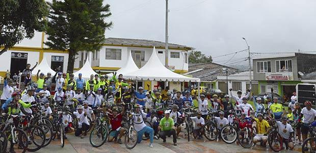 Celebración del día del campesino en Pereira tuvo su toque deportivo con el ciclopaseo