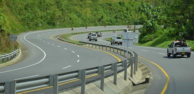 Vicepresidente Vargas Lleras inauguró nuevo tramo de doble calzada que conduce a Buenaventura