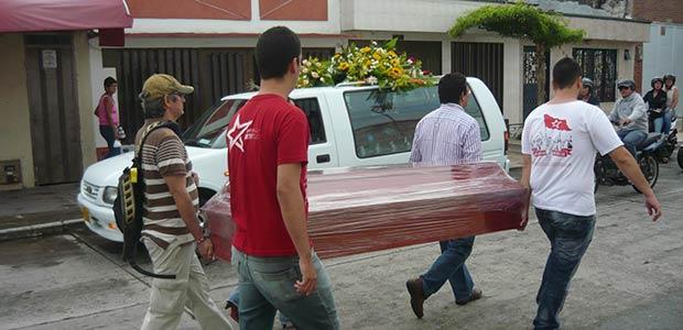 Ocho años del fallecimiento trágico en Cartago del poeta y veedor Andrés Felipe Llano Calvo