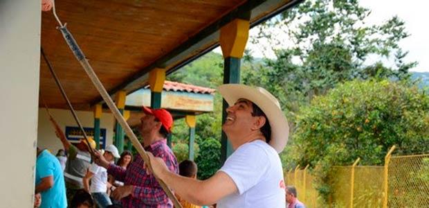 Más de 500 personas se unieron para ayudar en la jornada 'Génovasíparati'