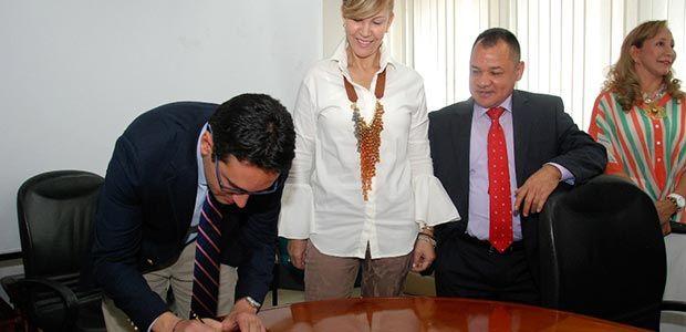Con pacto de transparencia el Valle se comprometió a luchar contra la corrupción