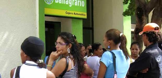 Pago y nuevo proceso de bancarización para beneficiarios de familias en acción en Cartago