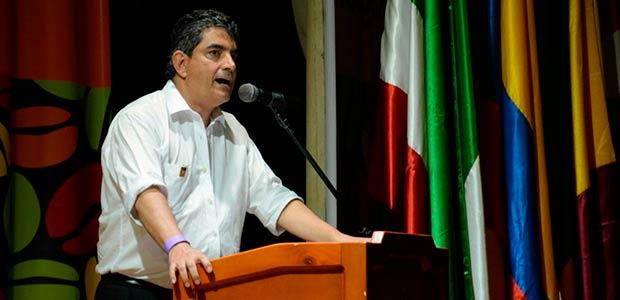 Gobernador del Quindío anuncia su respaldo al sí en el plebiscito por la paz