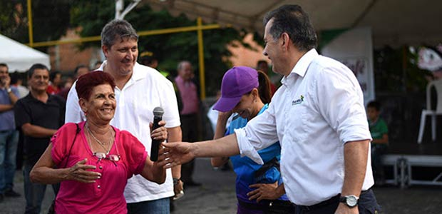 """""""Un café con el Gobernador"""" sigue recorriendo las comunas de Pereira"""
